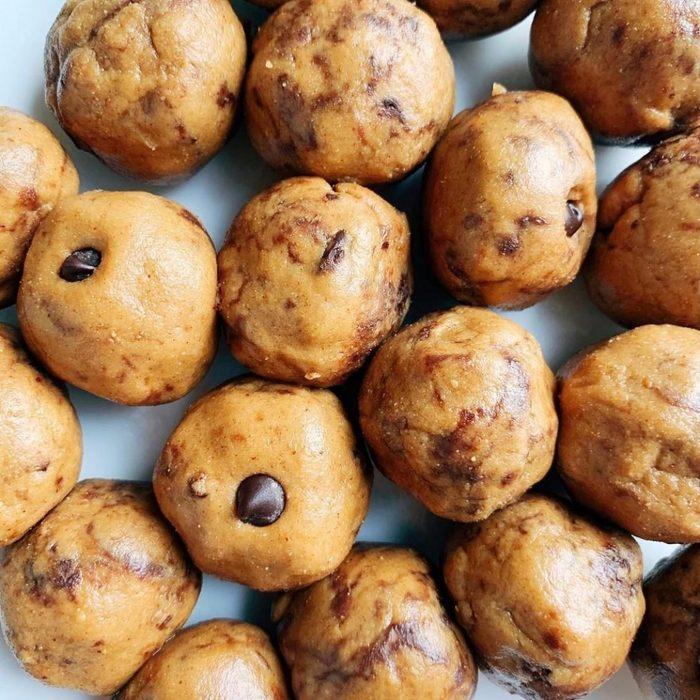 chocolate chip peanut butter energy balls