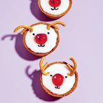 Want to Spice Up Your Holiday Baking? Try These Vegan Reindeer Tarts