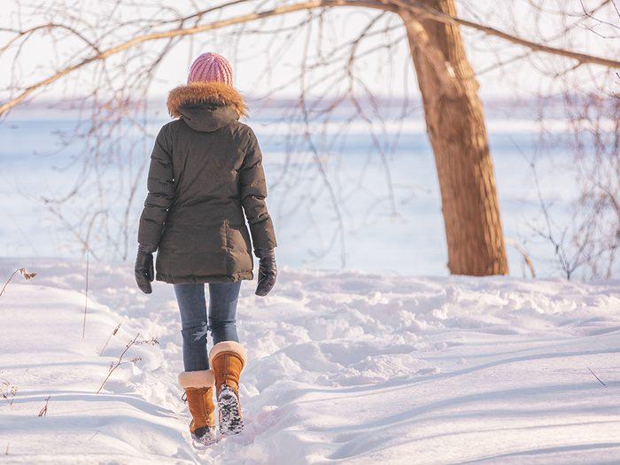 walking mistakes | woman walking in winter