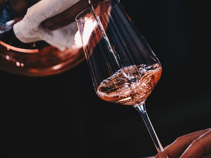 natural wine health benefits | White,and,rose,wine,close,up,view,glass,and,carafe