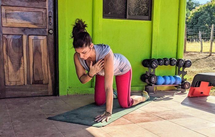 Shoulder Tap exercise