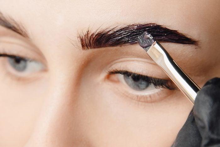 Master,tinting,of,eyebrow,hair,women,,brow,correction.