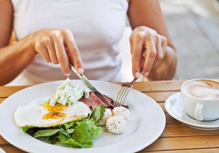 what is intuitive eating | image of food on a plate